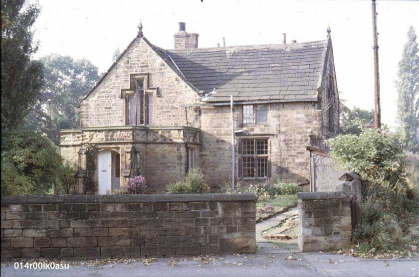 A front view of the Dame School, 1982/3.